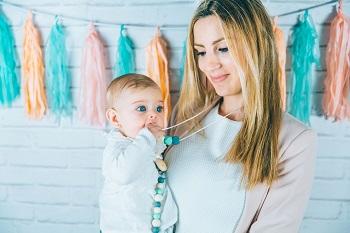 mamimemima-collares-lactancia-mordedores-puericultura-innovadora-zaragoza-bebe