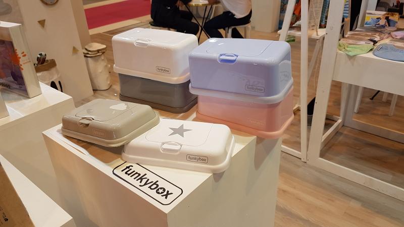 puericultura-innovadora-original-regalos-originales-bebe-accesorios-zaragoza-online-dappbaby-funkybox